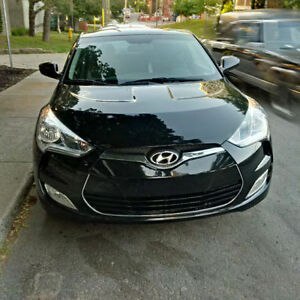 REDUCED PRICE -- 2013 Hyundai Veloster -- MUST GO!