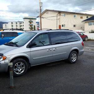 Price revised: 2007 Dodge Caravan Minivan 100,000 km. StownGo