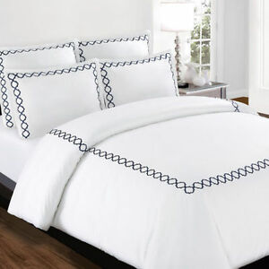 King Size Navy & White 3 Piece Duvet Cover Set $75