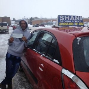 LADY DRIVING INSTRUCTOR WITH HUGE PASS RESULTS Kitchener / Waterloo Kitchener Area image 2