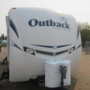 2011 OUTBACK LITE WEIGHT TRAVEL TRAILER 260 FL