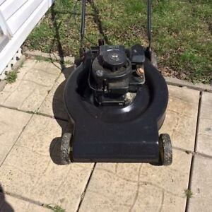 Tondeuse Nowa Lawnmower