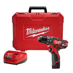 "BRAND NEW Milwaukee M12 3/8"" Hammer Drill/Driver Kit"