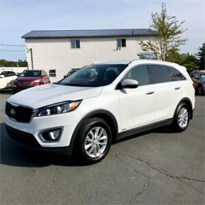 2016 Kia Sorento 2.0L Turbo LX+ /bluetooth/heated seats