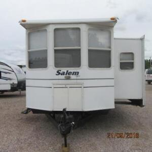 2005 Salem 392FLFB ASELLING AS IS