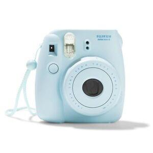 Instax Mini 8 - Polaroid Camera in Light Blue