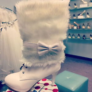 Winter Boots with Fur and Bow NEW, in box $ 55