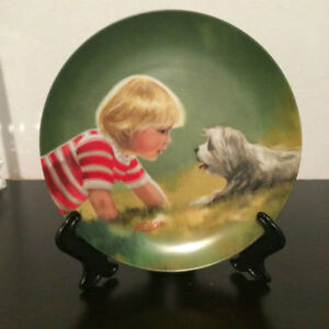"""MAKING FRIENDS"" 1985 Children and Pets Assiette de collection"