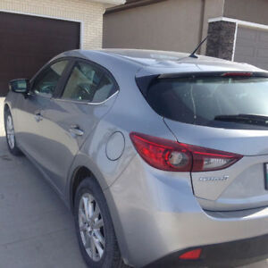 2015 Mazda Mazda3 Sport GX Hatchback with Command Start