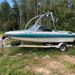 Lake boat for sale