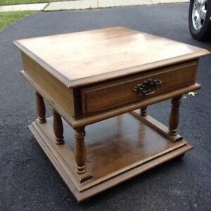 Wood table- Free delivery Kitchener / Waterloo Kitchener Area image 5