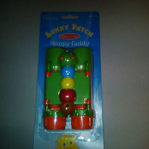 New Sunny Patch Happy Giddy Binoculars Cambridge Kitchener Area image 1