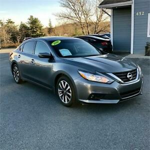 2016 Nissan Altima 2.5 SV w sunroof/heated seats/backup cam