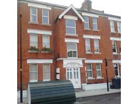 2 bedroom flat in Bavent Road, Camberwell