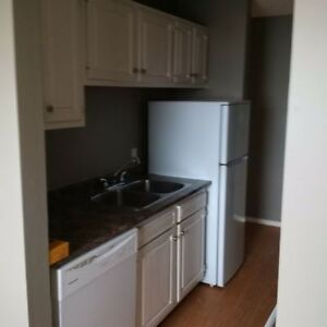 AB 2-BEDROOM SHORT OR LONG TERM