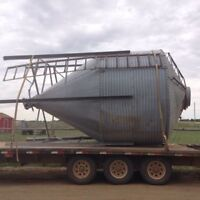 Hopper bottom grain bin