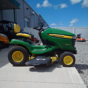 2006 John Deere X320 Lawn Tractor