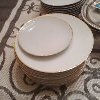 Entire Matching China Set ONLY $35!