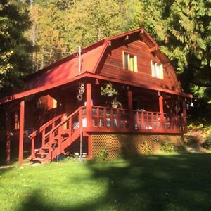 Large home and shop on acreage 5 minutes from Sicamous