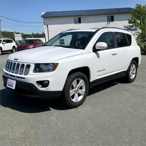 2015 Jeep Compass North w/leather interior/sunroof