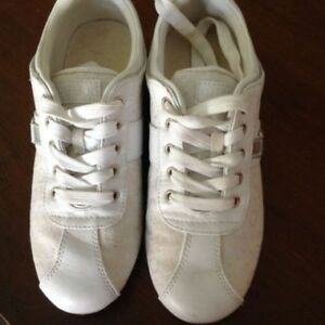 Ladies GUESS Sneakers, Size 6.5