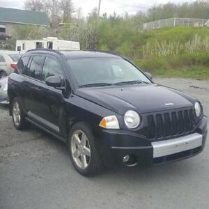 2007 JEEP COMPASS 4X4 LEATHER , LOADED A/C- COLD AS ICE !