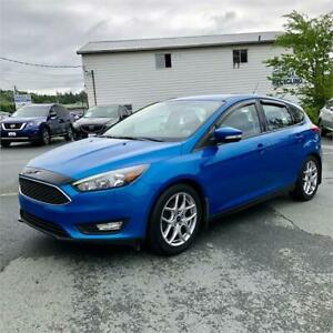 2015 Ford Focus SE w/back up camera/bluetooth/alloy wheels