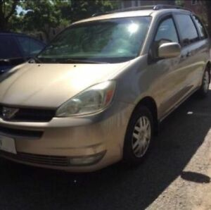 2005 Toyota Sienna LE Minivan/Van for sale...