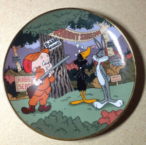 1992 Limited Looney Tunes Rabbit Seasoning Collector Plate Cambridge Kitchener Area image 1