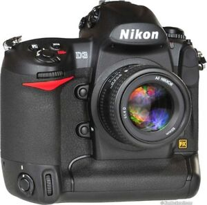 NIKON D3 full frame body with only 11,258 actuations !!