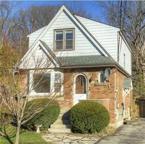 Beautiful 3 bedroom house for rent in Dundas