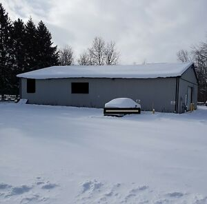 2800 sq.ft. commercial building and land for sale