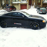 Sporty Tiburon !!! Low Kms..!!!!  (price reduced for quick sale)