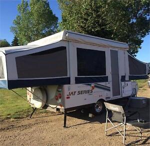 2010 Jay Series Tent Trailer. Like New Condition