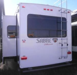 2014 SABRE SILHOUETTE 311 RETS - LOADED LUXURY!
