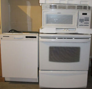 Kenmore Stove _ very clean