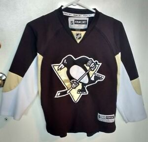 PENGUINS Official NHL Jersey **YOUTH SMALL** NEW**