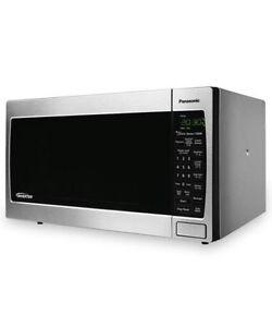 Panasonic Inverter Four à micro-ondes/ Countertop Microwave Oven