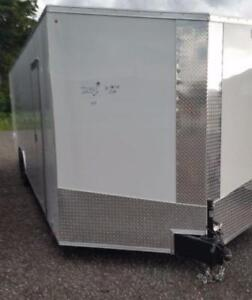 NEW 2019 8.5X28 +3FT V NOSE ENCLOSED TRAILER BARN AND RAMP DOORS