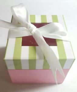 Pink/White Boxes - $2SM or $3LRG