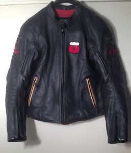Ladies leather motorcycle jacket.  Woman's Size Medium.   Armour