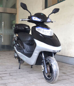 Ebikes and Scooters 25% off!