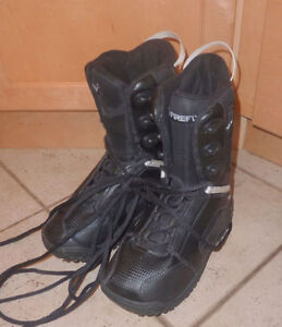 Firefly snowboard boots, size 5, very good condition
