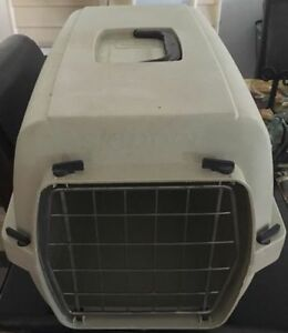 Pet carrier comes with a free litter and scoop Gatineau Ottawa / Gatineau Area image 2
