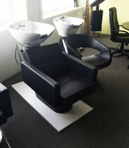 Hair and Beauty Equipment - Hydraulic Styling Chairs, etc Cambridge Kitchener Area image 7