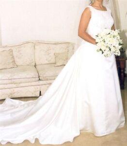"""Size 8""  Sleeveless Wedding Dress with Detachable Train"