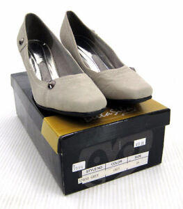 Gray Suede Pumps Shoes Continental Kitten Heel Square Toes 7.5