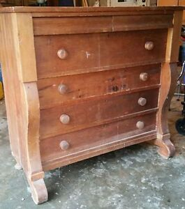 Antique pine chest of drawers. $175