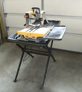 Dewalt 10 inch Wet Tile saw and stand