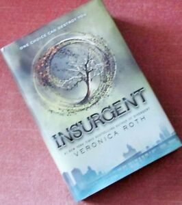 ** INSURGENT ** by VERONICA ROTH